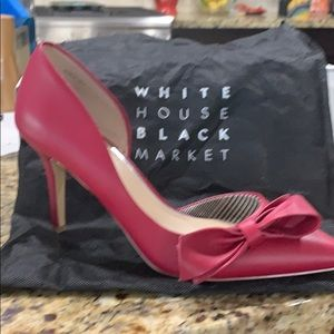 White House Black Market Empress Red Bow  Shoe
